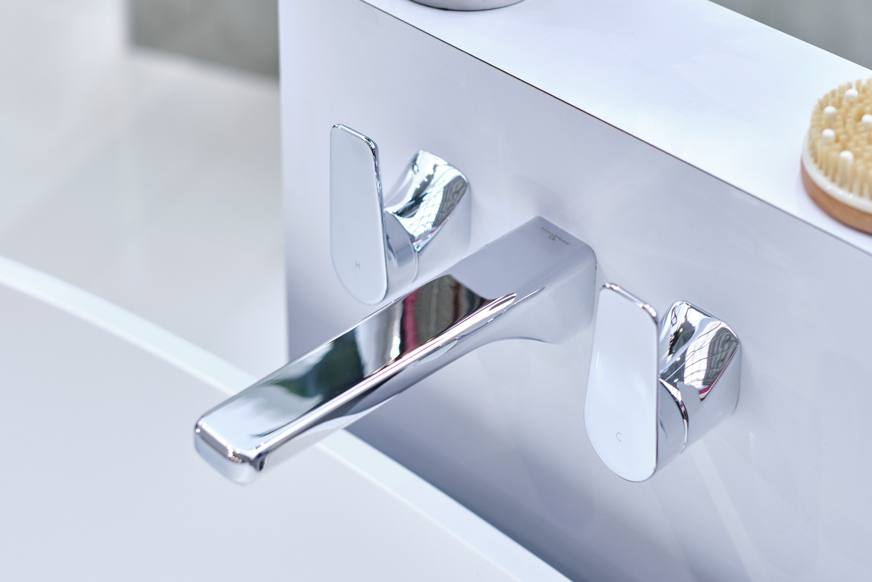 Hoxton contemporary bath filler in polished chrome